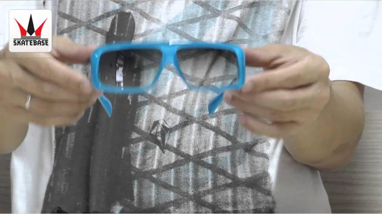 Óculos Evoke Amplibox Pedro Barros - Skatebase - YouTube 3c74de8ec7