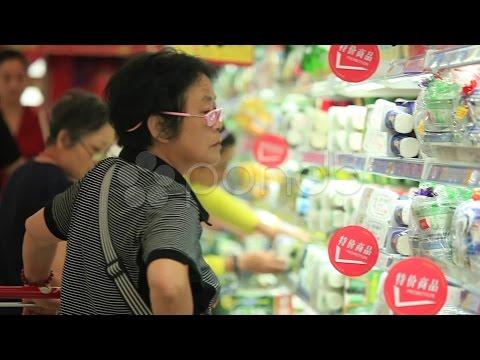 Shanghai Supermarket. Stock Footage