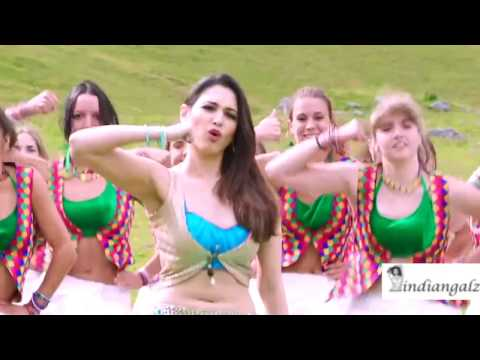 Tamanna - Massive navel show and hot expressions slow-mo HD