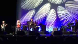 Cyndi Lauper and Jordan Pundik from New Found Glory sing Goonies R ...