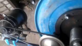 бетономешалка собрана своими руками(двигатель от стиральной машины урал шестерни от жигуля это маховик и от стартера шкивы ф50 и ф160 бочка пласт..., 2015-07-21T18:29:23.000Z)