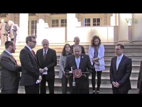 Kuwait Airways vs Israeli Citizens–NY City Hall Presser-2015