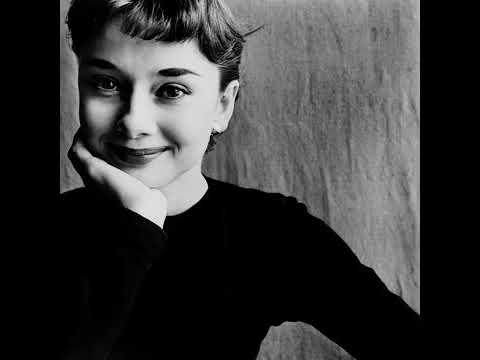 Audrey Hepburn Moon River Best Version
