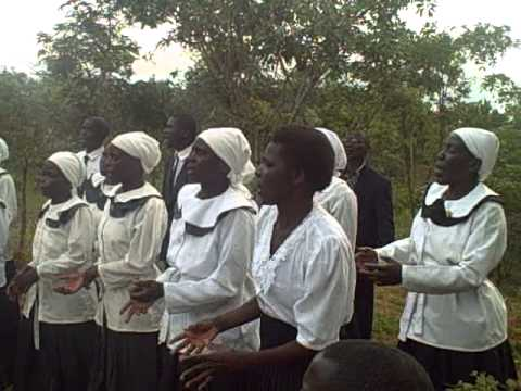 Chitipa West Union Choir-Une Ngangale Nani