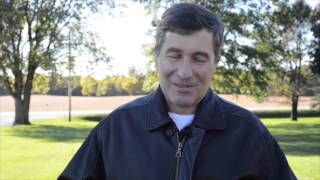 Charles Rivkin tours the Kimberley farm in Iowa
