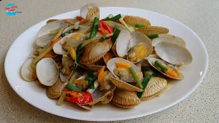 Stir Fry Lala (Clams) with Ginger - หอยลายผัดขิง - E096