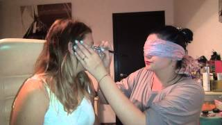 Blindfolded Makeup Challenge(cu Maia) Thumbnail