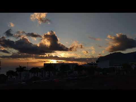 440 Hz Black Hole Sun by Soundgarden