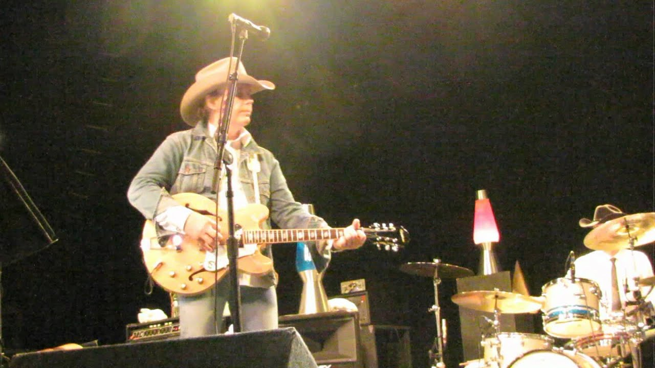 Dwight Yoakam - Long White Cadillac at Kewadin Casino ...