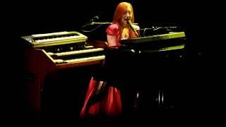 Tori Amos Sydney 17 Nov 2009 Honey