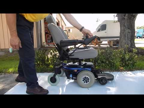 """Jazzy 1103 Ultra with 5"""" seat Lift Blue"""