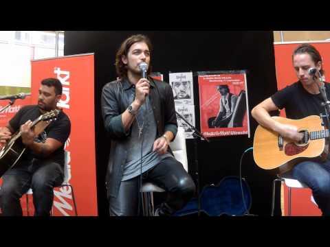 Love drunk - Waylon bij de Media Markt in Utrecht 11-09-2014