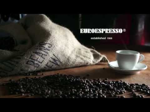 Low Budget Home Coffee Roasting tutorial from YouTube · Duration:  8 minutes 9 seconds  · 39.000+ views · uploaded on 16-6-2009 · uploaded by porkyfedwell