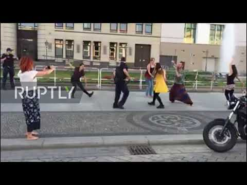 Police-style moonwalk! German officer shows off his moves in central Berlin