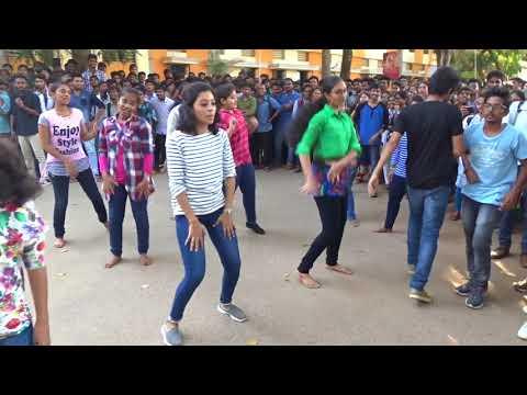 Vignan University Flash Mob-2018 by Computer science students || B. Tech || Team Abid Syed