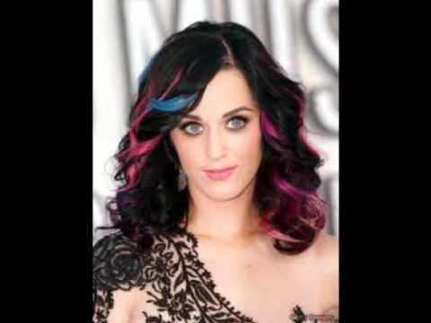 Katy Perry`s Hair