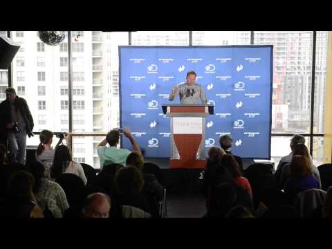 RAW: Nik Wallenda's Press Conference in Chicago