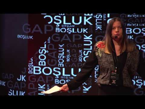 Beklenmedik Mutluluklar | Deniz Saliho?lu | TEDxYouth@SAC