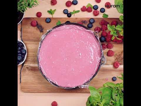 Biszkopt z jogurtowym musem i owocami - Pogotujmy Sezonowo