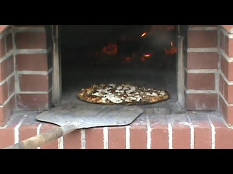 How To Made Carmelized Onion and Goat Cheese Pizza_from the Wood Fired oven