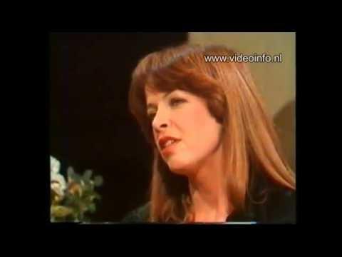 """""""Sonja's' Avond"""" 1976 met Sonja Barend, Bertus Aafjes, Leo Horn, Corry Brokken (HD)"""