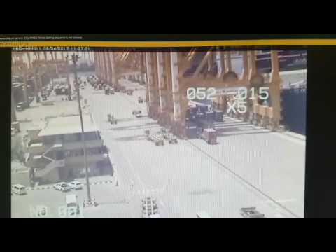 Dramatic Jebel Ali crane collapse caught on video