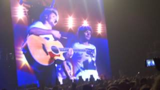 One Direction - Night changes - Harry tells jokes + Infinity (part 3) || OTRA London 24/09/15