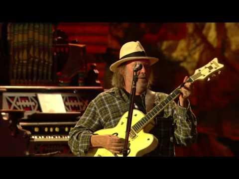 Neil Young, Willie Nelson, John Mellencamp & Dave Matthews - Homegrown (Live At Farm Aid 25)