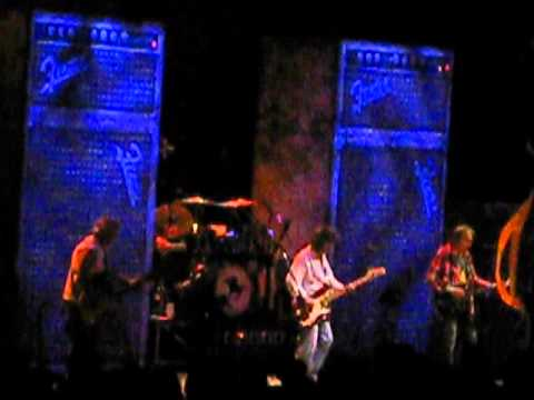 Neil Young & Crazy Horse - Ramada Inn [Live Melbourne 13/3/2013]