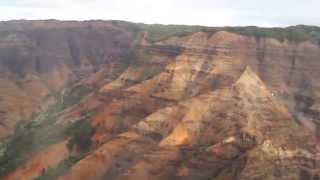 видео Кауаи – вертолетные экскурсии | RUSSIA HAWAII TOURS | Гавайи с гидом 808 225 6900 HONOLULU HAWAII