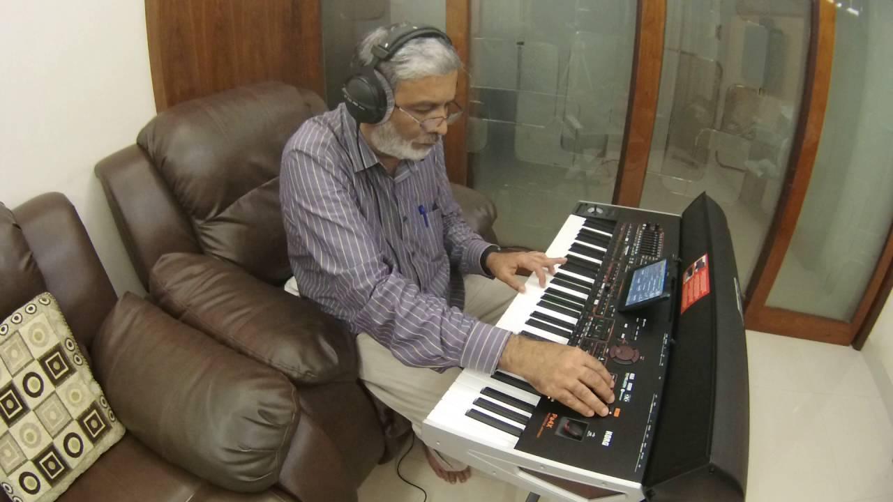 Hai apna dil to aawara -karaoke (hemant kumar) youtube.