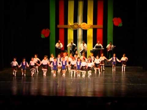 45 years youth children folklore ensemble Zornitza rousse bulgaria