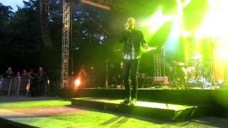 Milow - Little in the Middle ( Live @ Burgtheater Dinslaken 20.07.2012 )