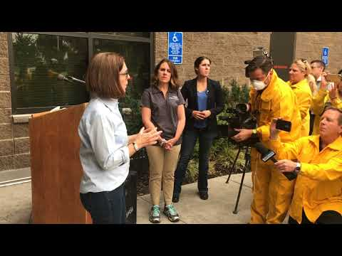 Gov. Kate Brown briefs media about Eagle Creek fire
