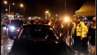 Shayukh of Eidgah Sharif Arrival at Birmingham Airport  07/12/13