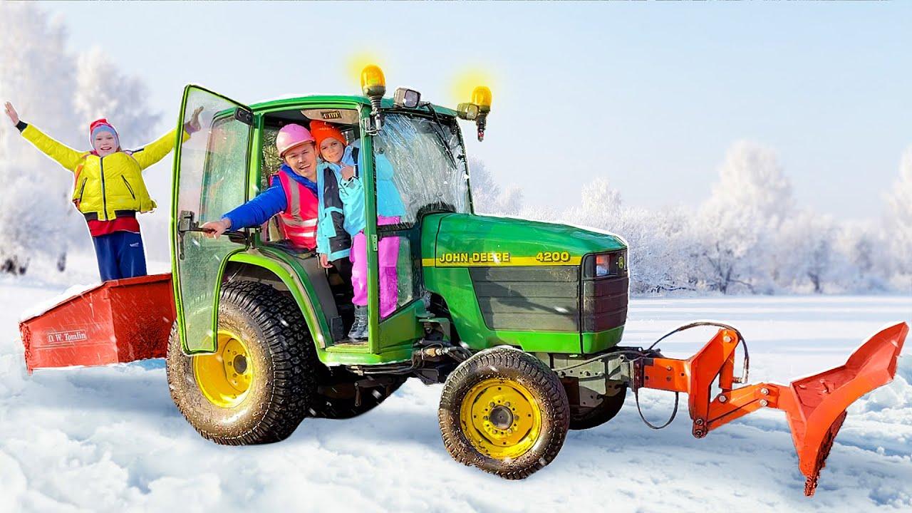 Катя хочет кататься на тракторе папы