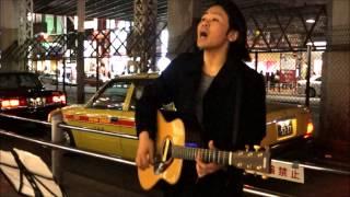 2015年、シンガーソングライター憲史が、山の手線一周路上ライブを決行...