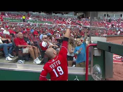 Joey Votto homers for young cancer patient in touching moment
