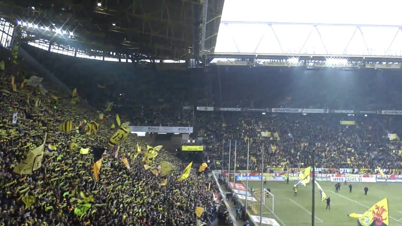 "BVB - St. Pauli 2-0 You""ll never walk allone"