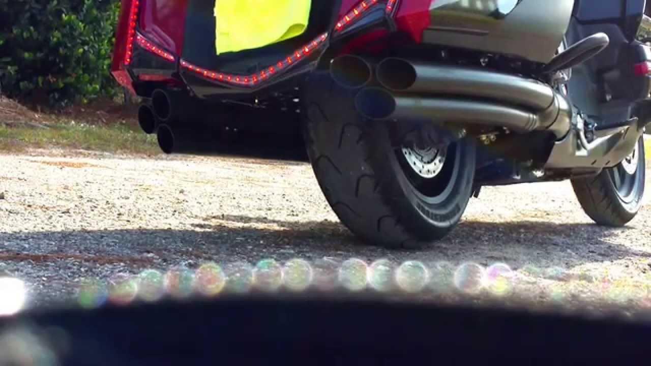 Sound Clip, 2015 Honda Goldwing GL1800 40th anniversary & Cobra 6 into 6 Exhaust - YouTube