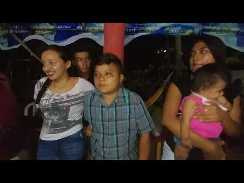 Presentacion de los integran tes del canal El Salvador Chirilagua TV. Playa el Cuco. Parte 6