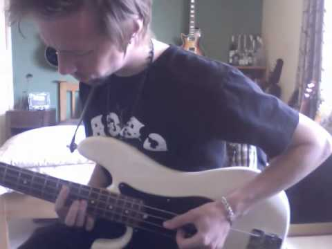 elvis-presley---can't-help-falling-in-love-(solo-bass-cover)