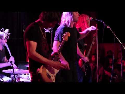 Reef - Naked (Live At Metropolis)