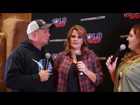 Garth Brooks & Trish Yearwood interview - Music Row Live 2016