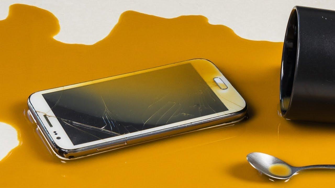 Handy nass geworden? So rettest du dein Smartphone! - YouTube