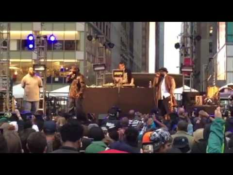 """Kool G Rap Performs """"Ill Street Blues"""" At The Roots Picnic New York"""
