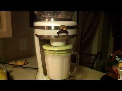 Jimmy Buffett Margaritaville Frozen Concoction Maker Demonstration