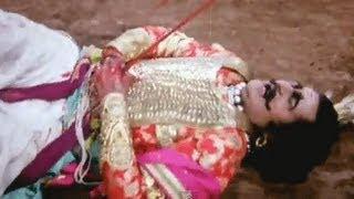 Ravana Is Killed In War - Sampoorna Ramayan Scene