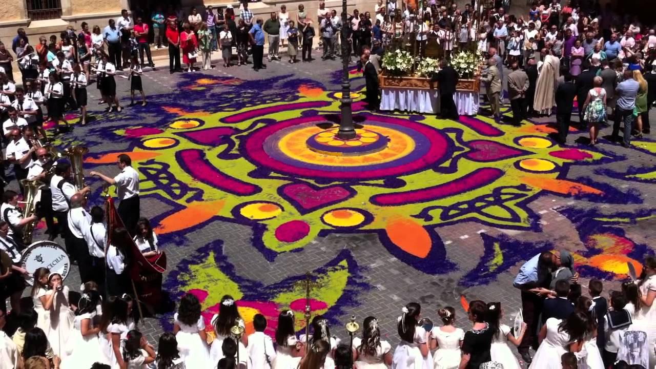 Alfombras de serr n elche de la sierra 2012 5 youtube for Precio de las alfombras persas