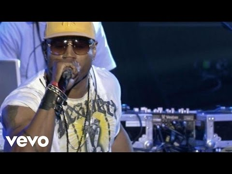 LL Cool J - Around The Way Girl (Yahoo! Live Sets)